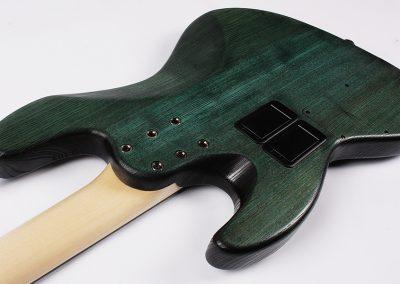 Anaconda 4 J.Bass Detail